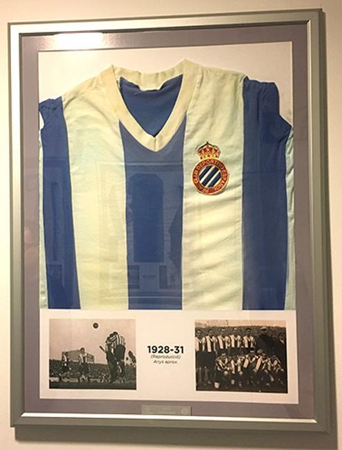 Reproducción camiseta de 1928 -1931 enmarcada - 120€ d95fab3a983da